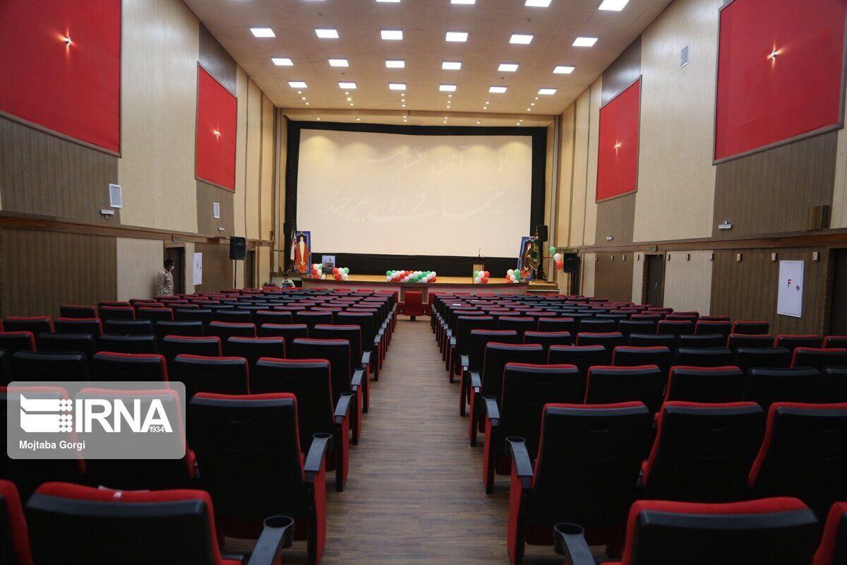 بردسیر پس از ۲۰ سال صاحب سینما شد