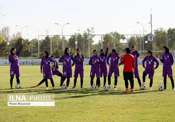 فوتبالیست قزوینی در اردوی تیم ملی فوتبال بانوان حضور یافت