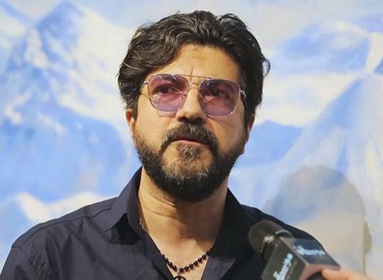 توضیح خواننده لس آنجلسی درباره خروجش از ایران