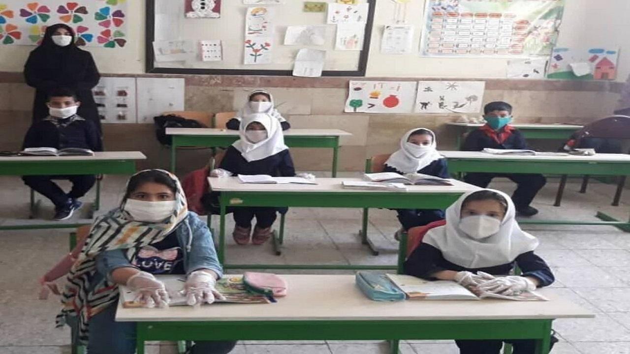 دانشآموزان عشایری آذربایجانغربی در کلاسهای درس حاضر شدند