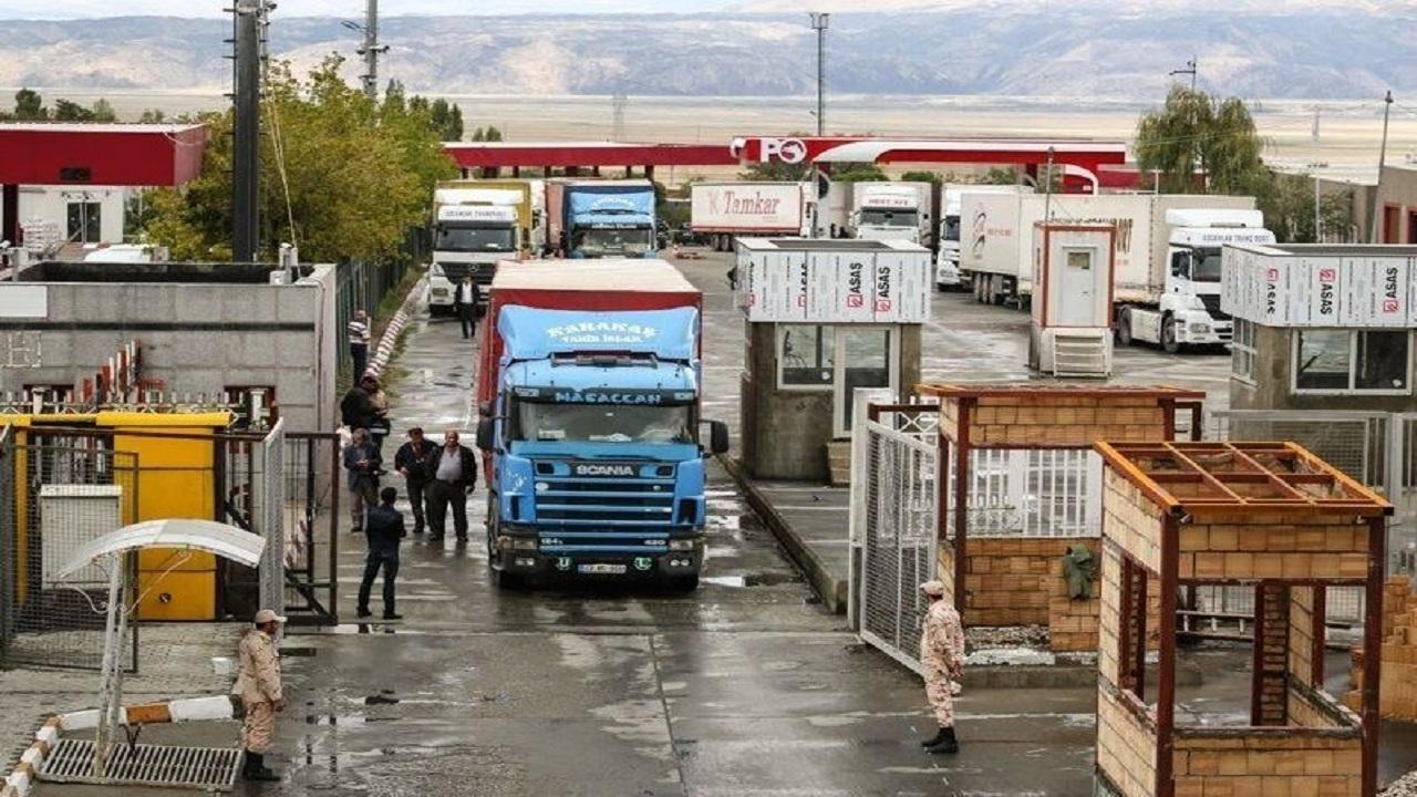 فرماندار ماکو: برای تردد مرزی مسافران، کارت واکسیناسیون و پی سی آر منفی الزامی است