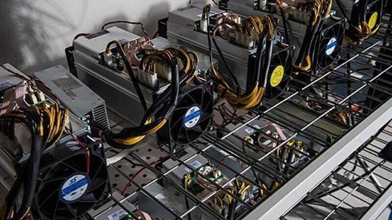 ۲۳ دستگاه ماینر غیرمجاز در کرمانشاه کشف شد