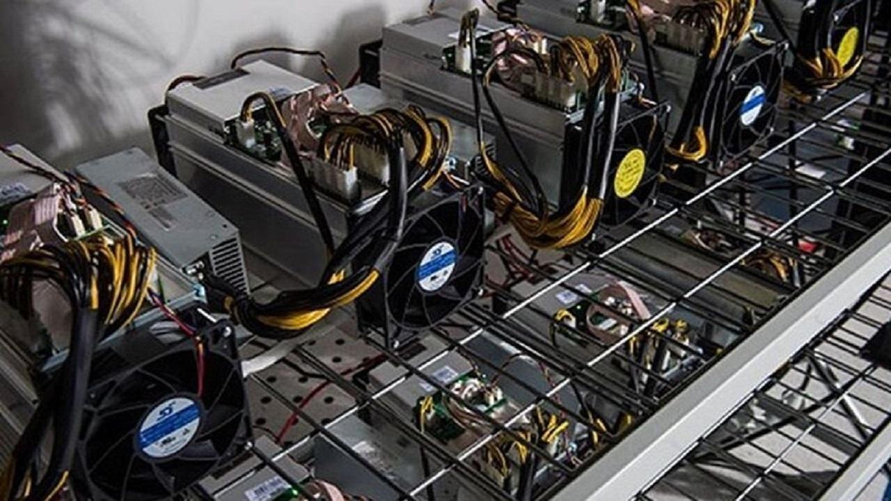 کشف ۳ دستگاه استخراج ارز دیجیتال در بوستان