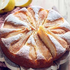 عصرانه/ طرز پخت «کیک پوره گلابی» خوشمزه برای پاییز