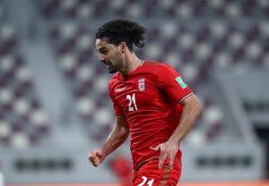 نورافکن بازی با لبنان را از دست داد