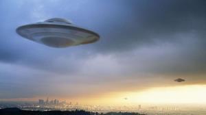 4گوشه دنیا/ حیرت زن محلی با دیدن یوفوی عجیب در آسمان