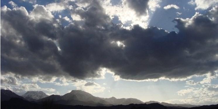 آسمان ایلام ابری میشود