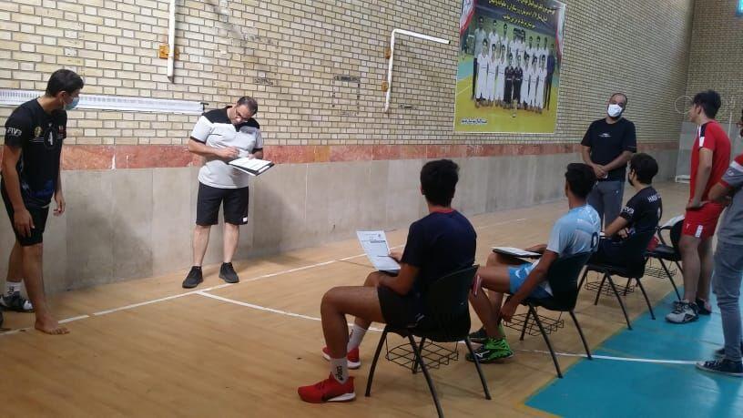 ۹ والیبالیست نوجوان استان سمنان به اردوی گزینشی تیم ملی دعوت شدند