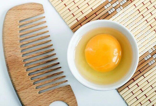 طرز تهیه روغن زرده تخم مرغ و خواص شگفتانگیز آن برای زیبایی پوست
