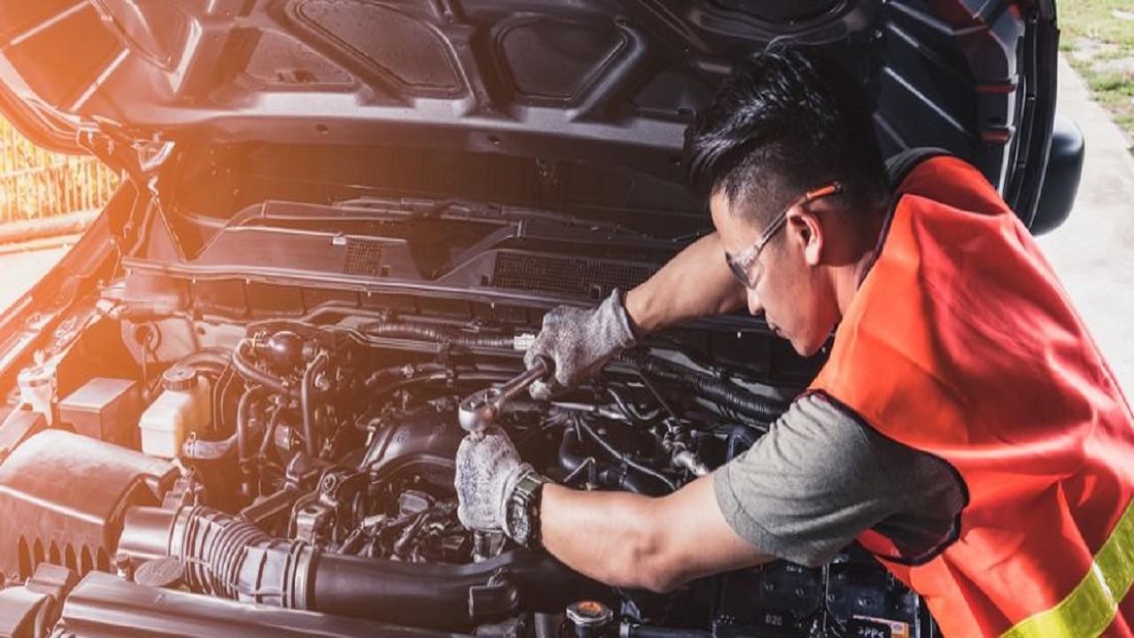 نشانههایی که می گوید خودرو به تعمیر دینام نیاز دارد