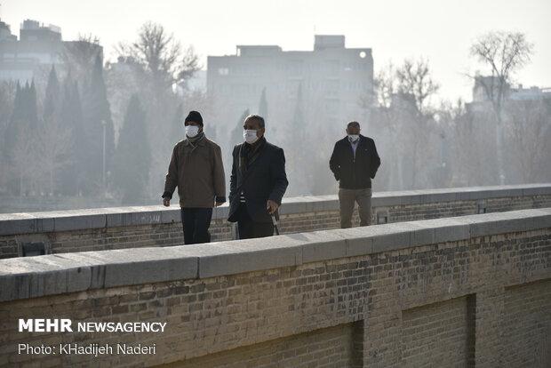 هوای اصفهان همچنان بر مدار آلودگی