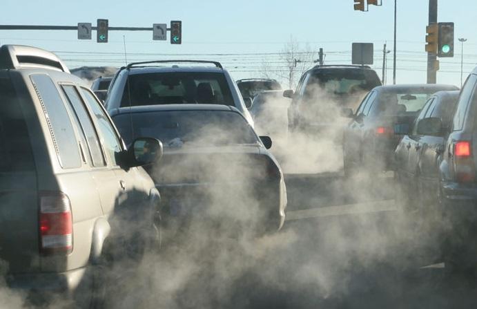 ممنوعیت ورود خودرو آلاینده به مرکز شهر شیراز