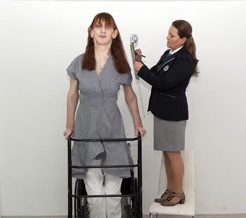 قدبلندترین زن دنیا معرفی شد