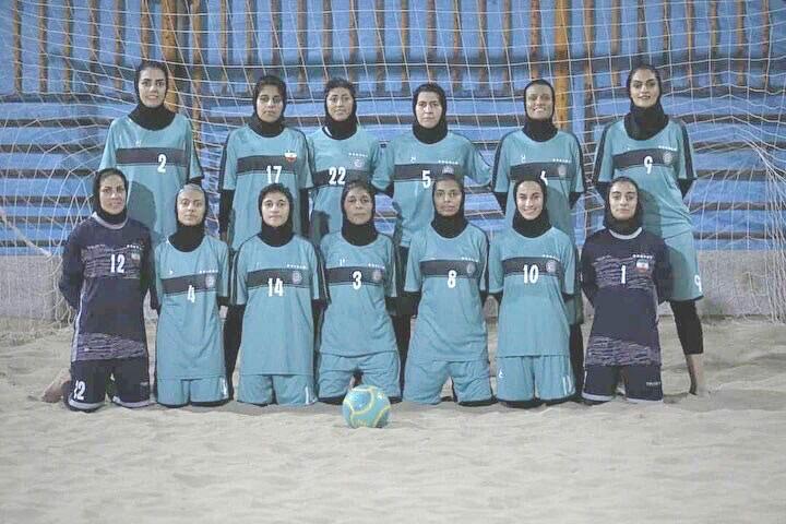تیم فوتبال ساحلی شهرداری بندرعباس پیکان تهران را شکست داد