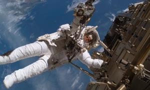ماموریتهای طولانی فضایی میتواند به مغز آسیب رساند