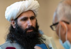 طالبان: وزیران کابینه را به دلیل تهدید تحریمهای آمریکا برکنار نمیکنیم