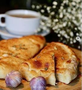 نان سیر، یک پیش غذای ایتالیایی لذیذ