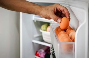 هیچ وقت تخم مرغ رو این قسمت یخچال نذارید