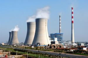 معاون وزیر نیرو: مشکلی برای تامین سوخت نیروگاه ها نیست
