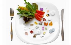 این خوراکی ها را نباید با دارو مصرف کنید