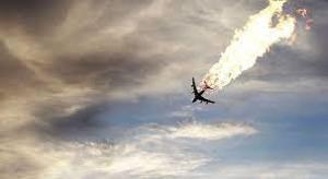 فیلمی از لحظه سقوط هواپیما در منطقه مسکونی سن دیه گو