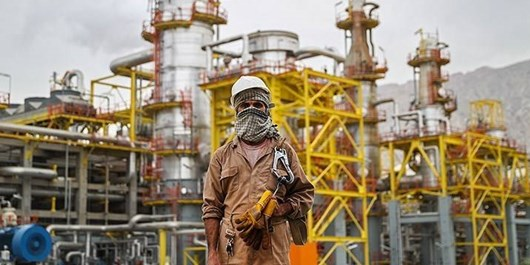 بازرسان وزارت نفت برای رسیدگی مشکلات کارکنان به عسلویه اعزام شدند