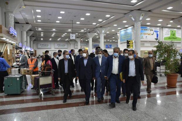 وزیر راه و شهرسازی وارد شیراز شد