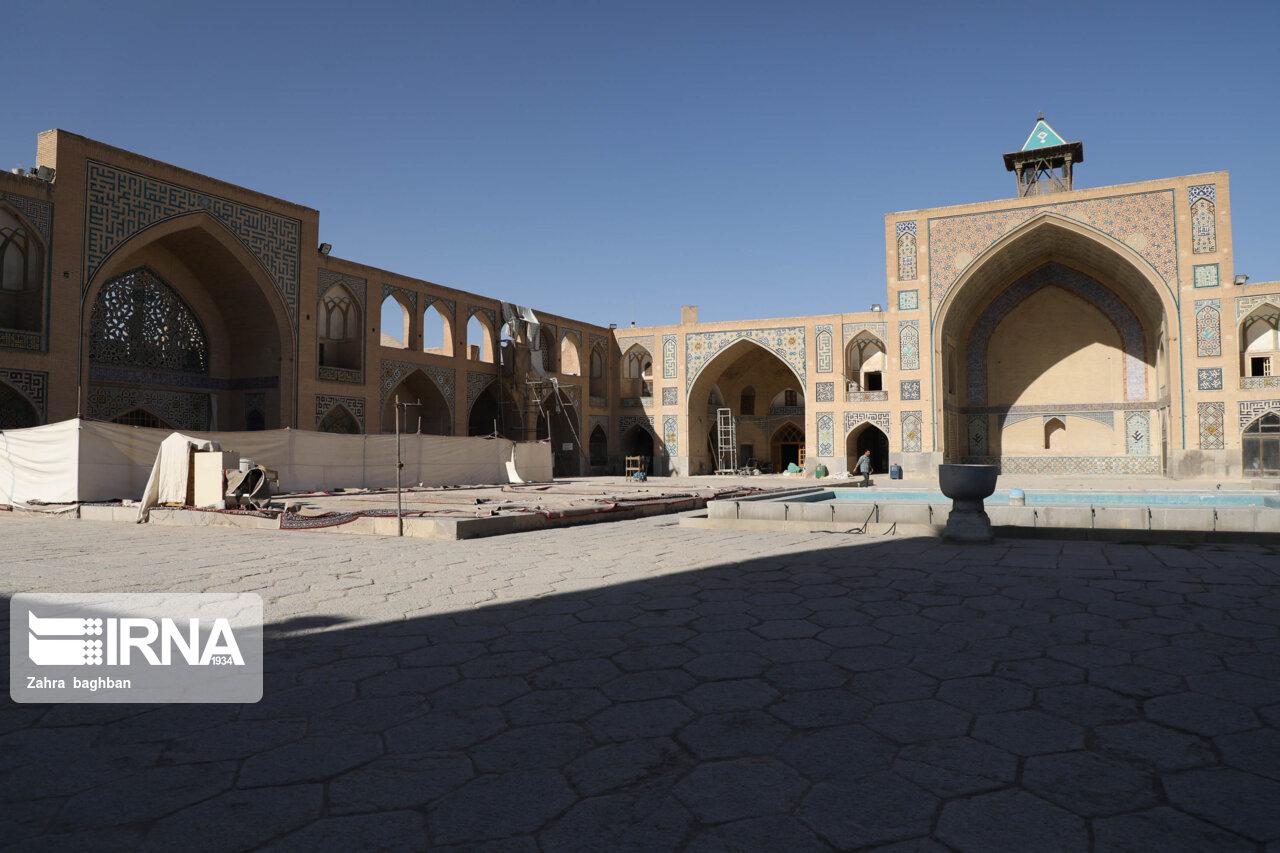 فرونشست زمین در بنای تاریخی مسجد حکیم اصفهان