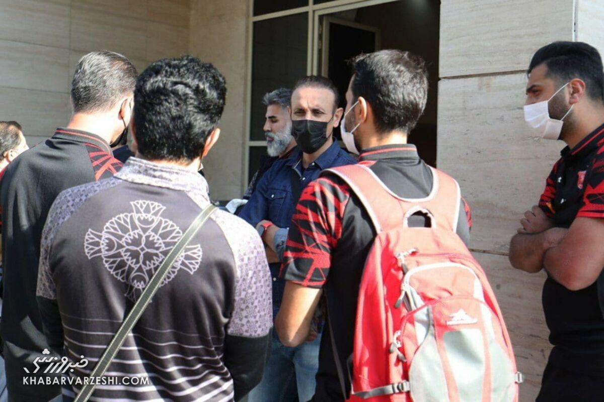 گلمحمدی تعلیق شد!