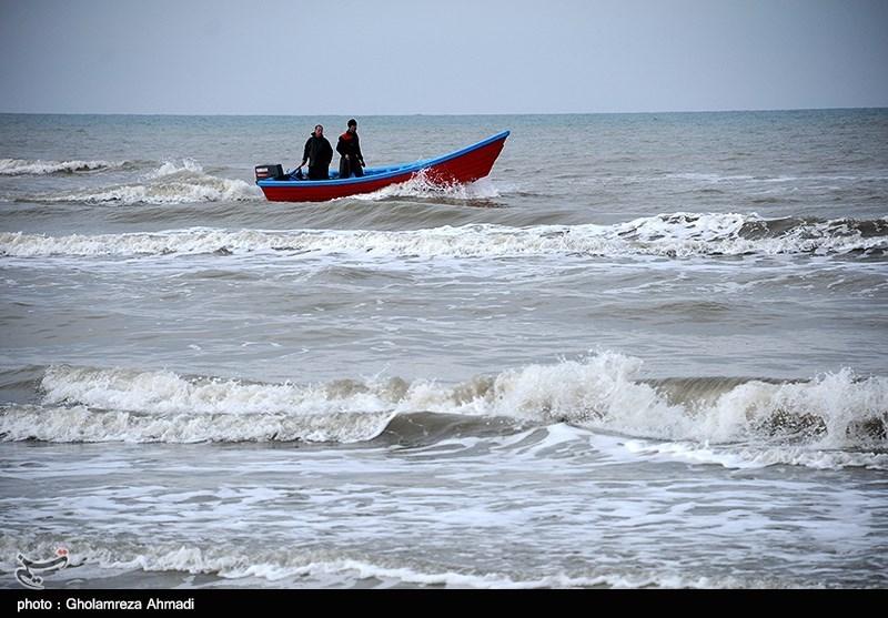 فعالیت صیادان غیرمجاز سبب کاهش ذخایر آبزیان دریای خزر شده است