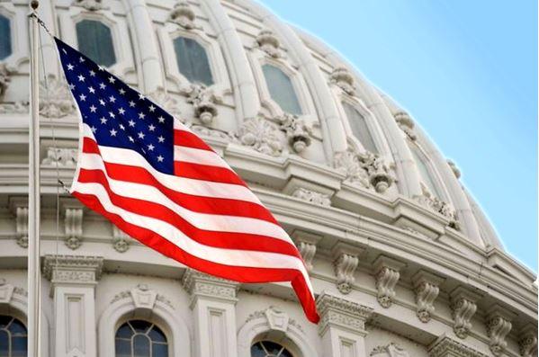 دیدار لاپید با سناتور آمریکایی درباره برنامه هستهای ایران
