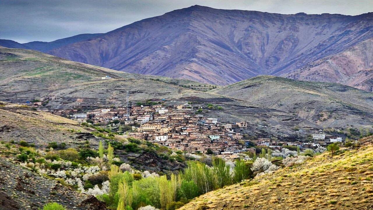 روستایی در خراسان رضوی که بیسواد ندارد