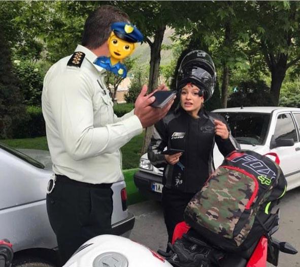 آقای پلیس! از کدام منع قانونی برای موتور سواری زنان حرف میزنید؟