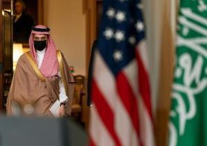 عربستان با کارت ایران بازی میکند