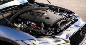 آیا باید موتور خودرو را در زمستان گرم کنید؟