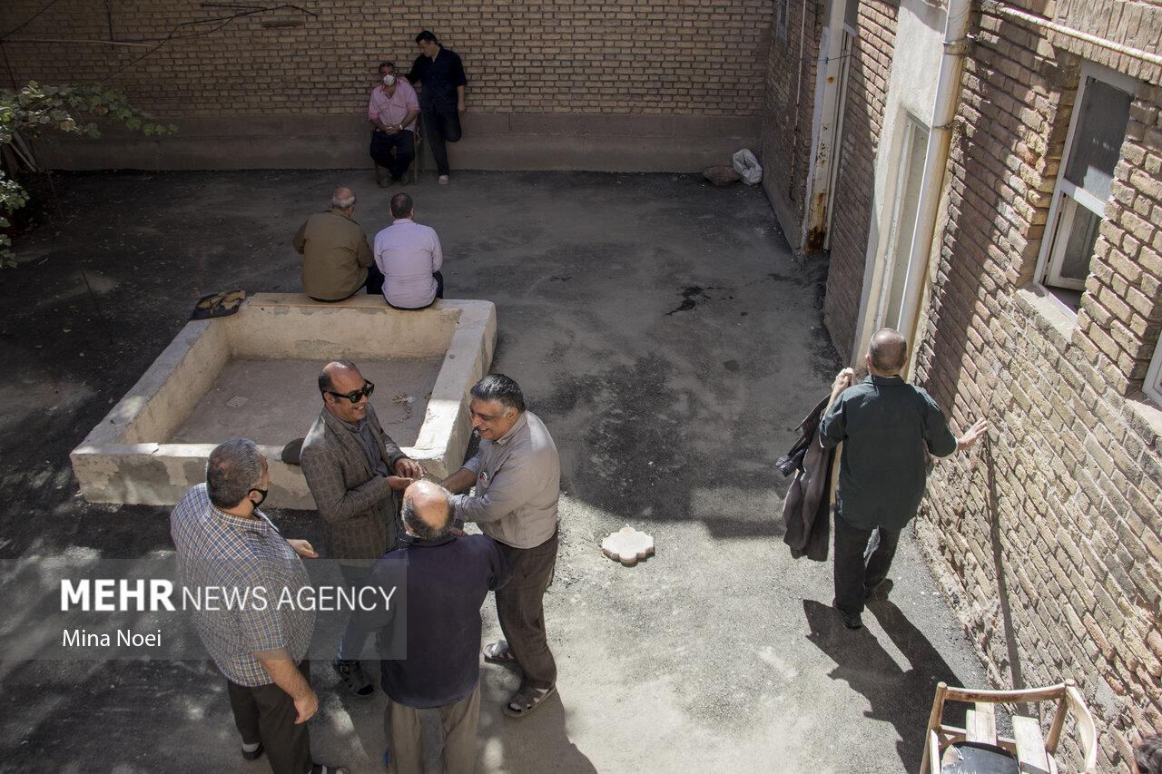 تولید با چشمان بسته در تبریز