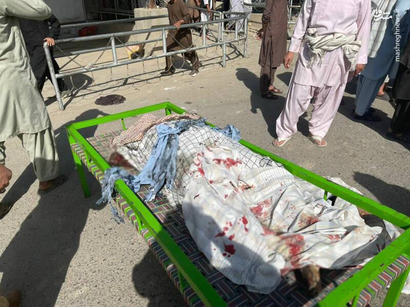 تصاویری دردناک از انفجار در مسجد شیعیان قندهار