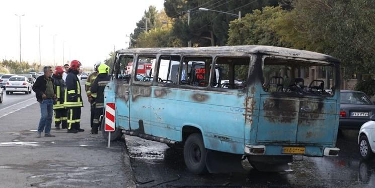 آتشسوزی مینیبوس در مشهد