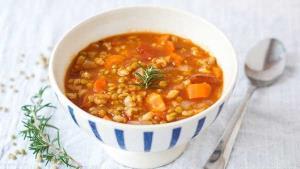 سوپ خوشمزه جو و هویج �وری