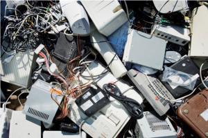 وزن زبالههای الکترونیکی از دیوار بزرگ چین بیشتر شد