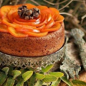 پخت حر�ه ای «کیک خرمالو» خوش طعم  پاییزی