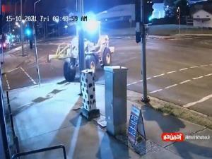 سرقت موتورسیکلت با لودر!