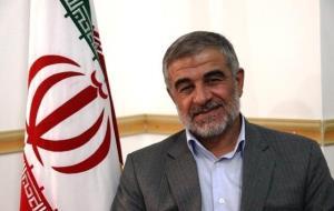انتقاد رئیس کمیسیون شوراها از گروههای سیاسی