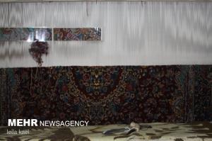 ۳۰۰۰ بافنده فرش دستبافت در استان ایلام فعال هستند