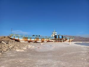 کاهش چشمگیر سطح آب دریاچه ارومیه