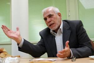 فعال اصلاحطلب: دولت احمدینژاد به حزب اعتقادی نداشت