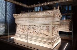 پس از قرن ها جستجو؛ کشف قبر اسکندر مقدونی در مصر