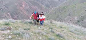کوهنورد گرفتار شده در ارتفاعات برنجه بروجرد نجات یافت