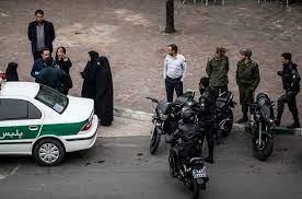 درنگی در برخورد پلیس با شهروندان
