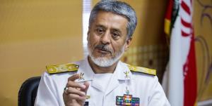 دریادار سیاری: ارتش مقتدرانه مقابل دشمنان میایستد